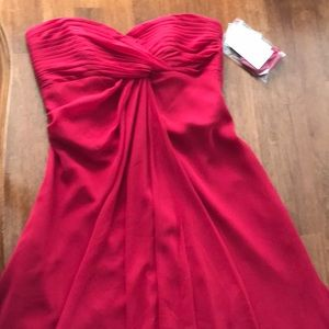 Wedding party or formal Size 2 Apple Red Dress NWT